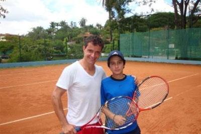 Torneio de tênis consagra campeões em Contagem