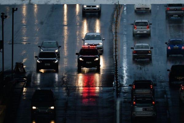 Novas placas de veículos serão obrigatórias a partir do dia 31