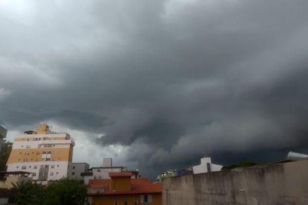 Contagem tem novo alerta de tempestade nesta segunda-feira