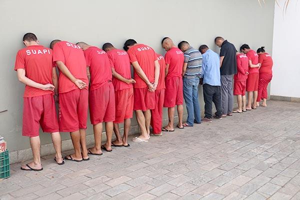 Vinte são presos em operação policial em Contagem