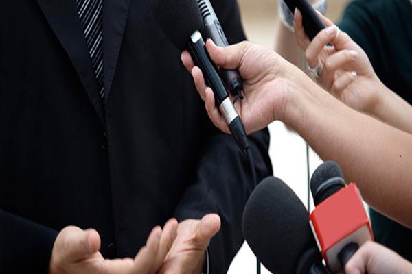 Violência contra jornalistas no Brasil aumentou 65% em um ano