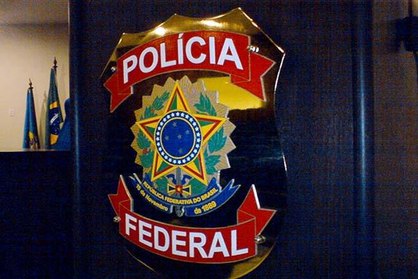 PF combate grupo criminoso que fraudava licitações da Saúde em Minas