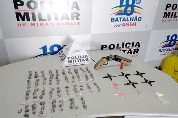 Homem é preso com 113 buchas de maconha em Contagem