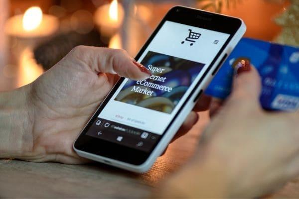 Interesse por compras on-line deve continuar após a pandemia