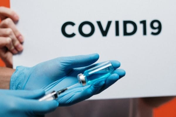 Presidente diz que governo federal não comprará vacina CoronaVac