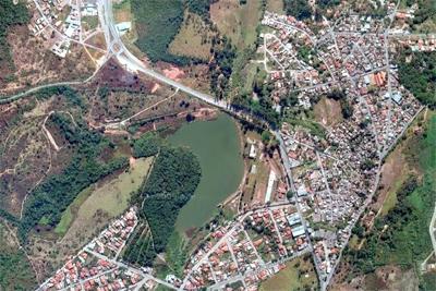 Risco de vazamento em barragem assusta população