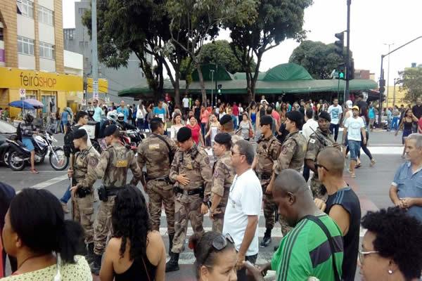 Protesto contra o IPTU acaba em violência