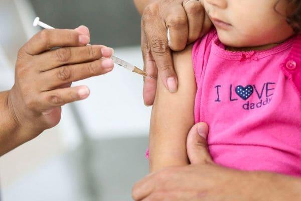 Ministro da Saúde anuncia multivacinação para outubro