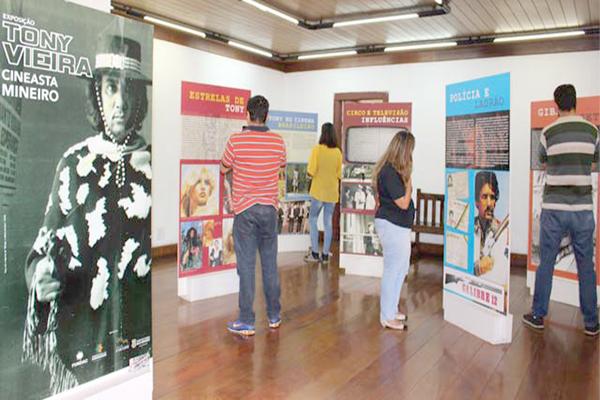 Biografia de Tony Vieira é tema de exposição na Casa Amarela