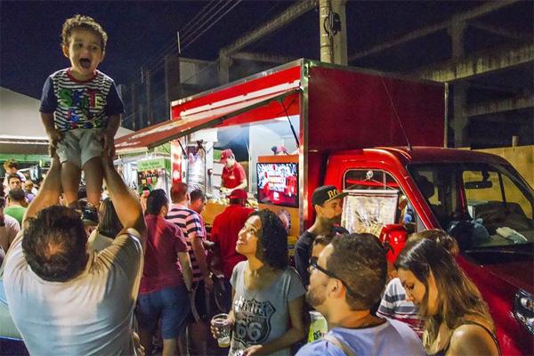 Vem aí o Festival Food Truck nas Ruas