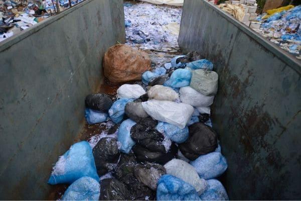 Volume de resíduos em domicílios cai nas capitais brasileiras