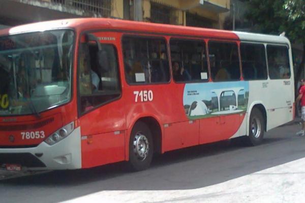 Motorista de ônibus tem corpo queimado em Contagem