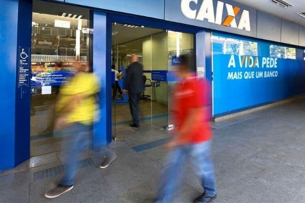 Bancos têm expediente alterado na véspera de Natal