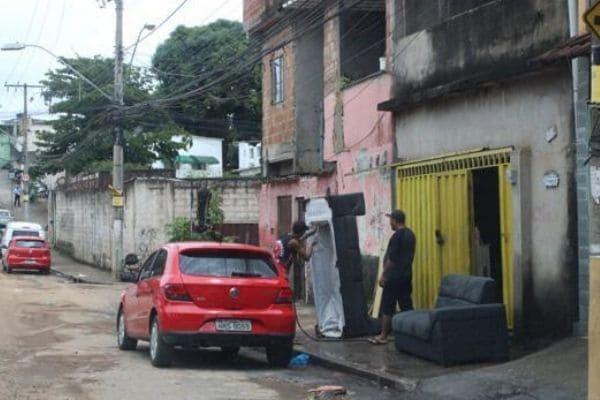 Cerca de 400 moradores devem ser retirados do Morro dos Cabritos