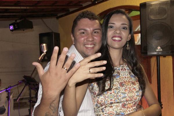 Luisa e Tom ficam noivos