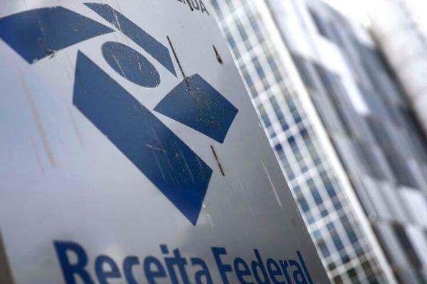 Proposta de reforma do IR prevê taxa de 20% sobre lucros e dividendos