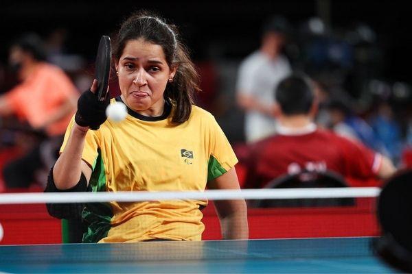 Cátia Oliveira, Dani Rauen e Israel Stroh vencem no tênis de mesa