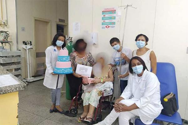 Hospital Alberto Cavalcanti desenvolve iniciativas de atendimento humanizado