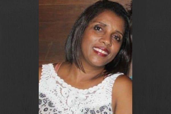Mulher procura irmã gêmea separada dela ainda bebê em Contagem