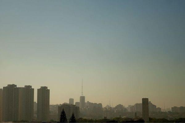Emissões de gases podem elevar temperatura em 3°C