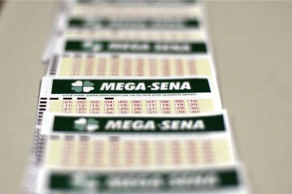 Mega-Sena acumulada sorteia prêmio de R$ 46 milhões