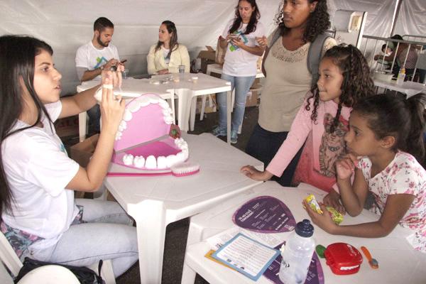Ação social leva serviços essenciais à população