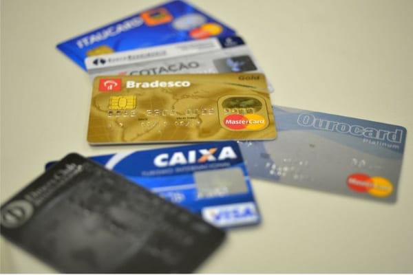 Gasto no exterior no cartão será fixado em real do dia da compra