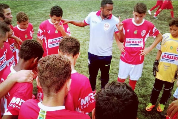 Clube Frigoarnaldo chega às semifinais de campeonato estadual