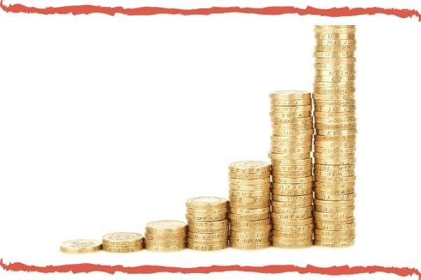 Febraban critica tabelamento de taxa de juros; especialista elogia