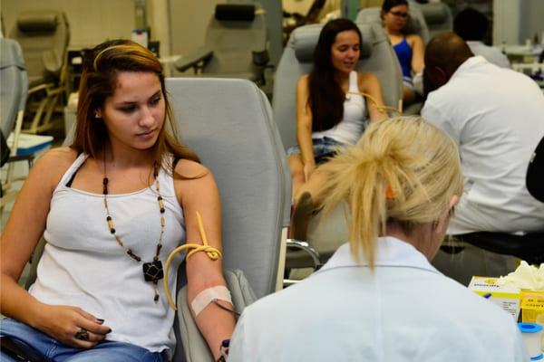 Com estoques em baixa, Hemominas pede colaboração de doadores