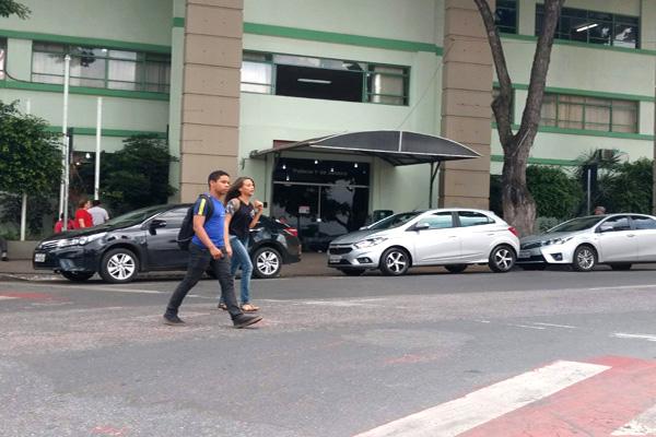 Falta segurança para pedestres em Contagem