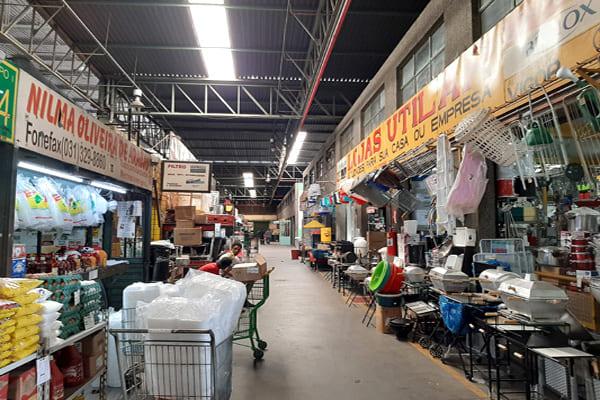 Mercado Central de Contagem funciona com restrições