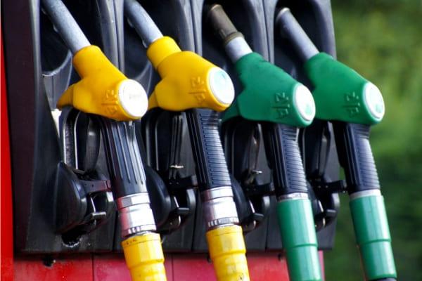 Petrobras sobe R$ 0,07 o litro da gasolina para distribuidoras