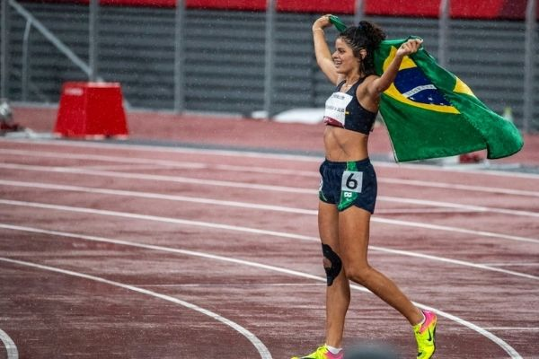 Caçula do atletismo, Jardênia ganha bronze nos 400 metros T20