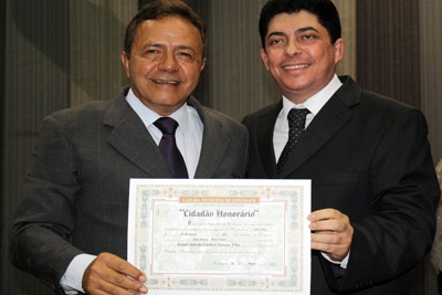 Empres�rio Alfredo Cardoso recebe o T�tulo de Cidad�o Honor�rio de Contagem