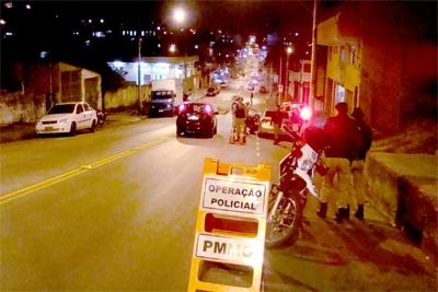 Polícia Militar realiza mega operação