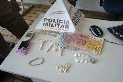 18º BPM apreende traficante de drogas no Bairro Funcionários
