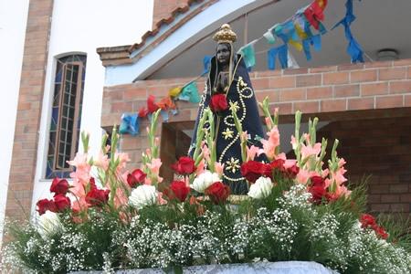 Contagem festeja o dia da Nossa Senhora Aparecida