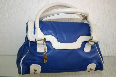 Malú Bolsas oferece uma linda bolsa para os leitores do jornal