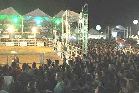 Falta de organização foi o principal destaque do Contagem Rodeio Festival