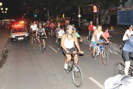 Contagem promove mais um Passeio Ciclístico Noturno