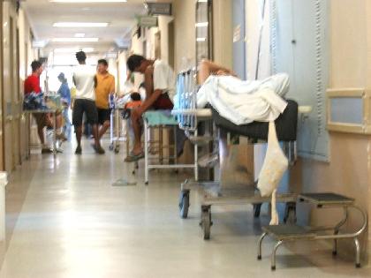 Médicos de Betim e Contagem decidem manter greve.