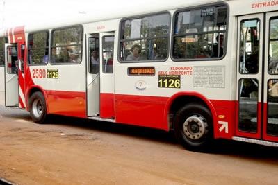Ônibus circulam com novos números e população desaprova