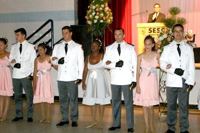 O sonho da  festa de 15 anos foi realizado para 25 garotas especiais.