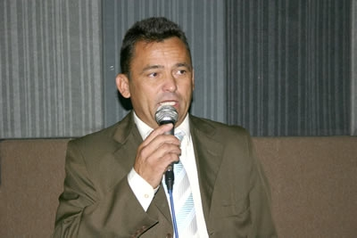 Vereador Lucas Cardoso reivindica passarela para o Bairro Darcy Ribeiro.