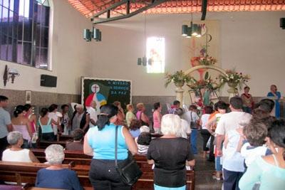 Barulho abusivo da igreja no bairro Gloria