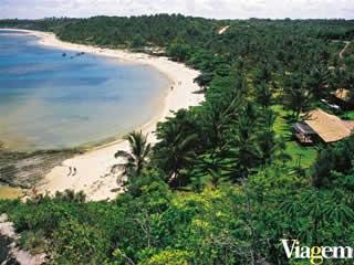 Caraíva, uma vila entre o rio e o mar