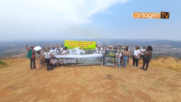 Protesto e plantio de árvores na Serra do Elefante