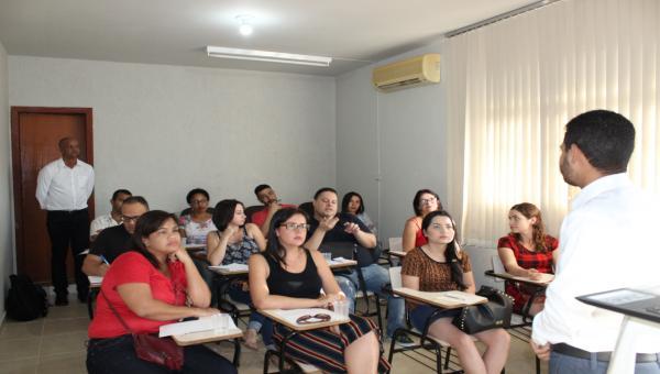 Sindsalão homologa contratos de parceria