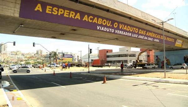 Inauguração do Viaduto das Américas